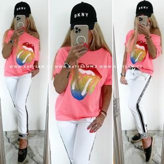 Dámské oblečení - Dámské tričko LIPS